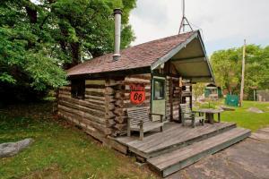 Cabin Boathouse Sauna