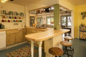 Kitchen photos large group family vacation rentals